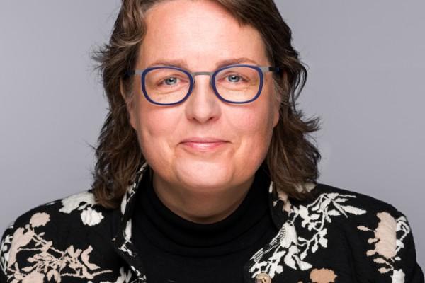 Voorzitterswisseling raad van toezicht Vitis Welzijn